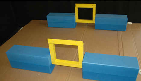 Floats (blue) made of sturdy cross-linked polyethylene.